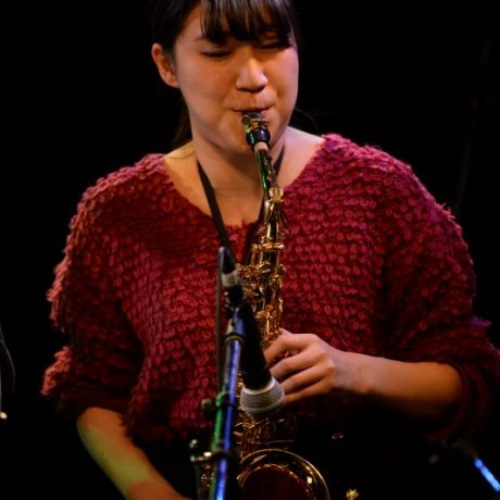 Mayuko Kataoka 片岡摩由子(Alto Sax)
